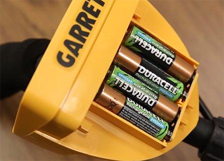 Отсек для батареек типа Rechargeable